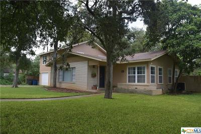 New Braunfels Single Family Home For Sale: 320 California