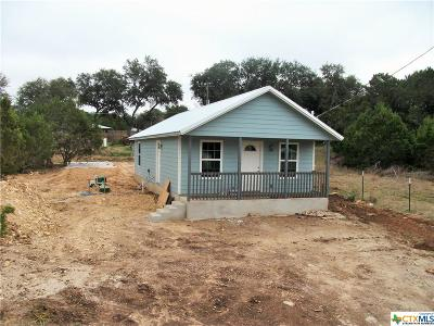 Canyon Lake Single Family Home For Sale: 460 Burr Oak