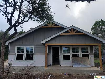 Canyon Lake Single Family Home For Sale: 2439 Candlelight
