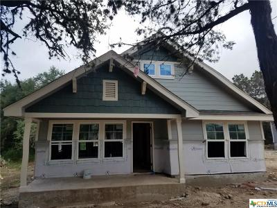Canyon Lake Single Family Home For Sale: 2427 Candlelight