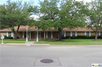 Killeen Single Family Home For Sale: 1801 Mockingbird