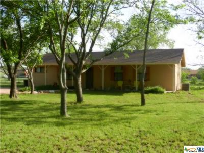 Lampasas Single Family Home For Sale: 1972 County Road 1045
