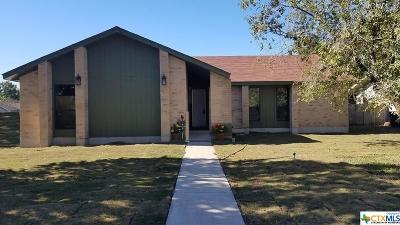 New Braunfels Single Family Home For Sale: 5 Roselawn Circle