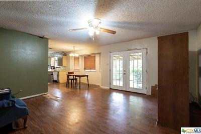 Copperas Cove Single Family Home For Sale: 907 Holly Street