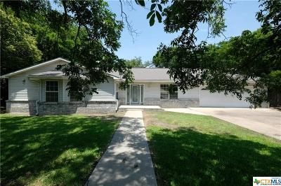 Single Family Home For Sale: 809 Oakhill Drive