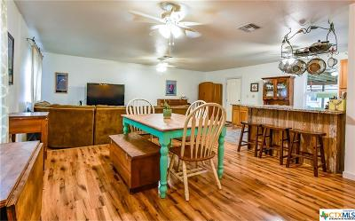 New Braunfels Single Family Home For Sale: 9 Roselawn Circle