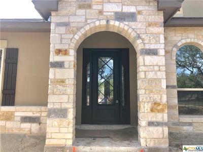 Canyon Lake Single Family Home For Sale: 102 Cielo Vista