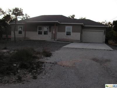 Canyon Lake Single Family Home For Sale: 225 Legacy Ridge