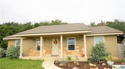 Canyon Lake Single Family Home For Sale: 1427 Bonnyview Drive