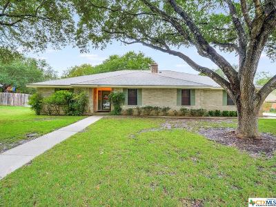 Comal County Single Family Home For Sale: 1235 Clearwater