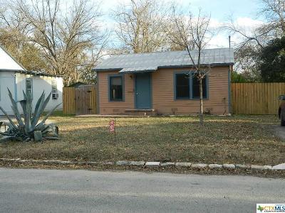 Comal County Single Family Home For Sale: 358 E Nacogdoches