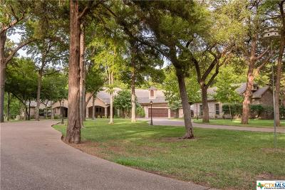 McLennan County Single Family Home For Sale: 595 Lost Hunters Canyon