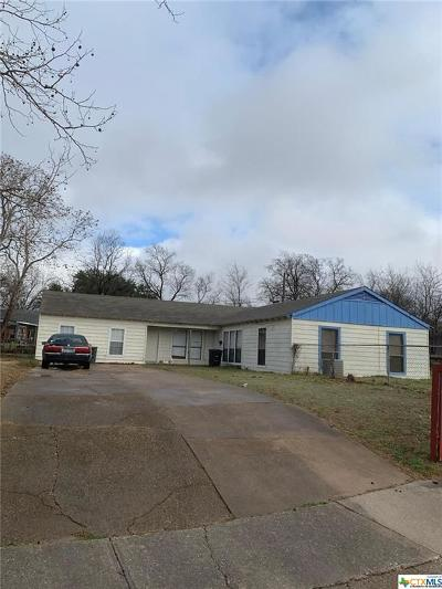 Killeen Multi Family Home For Sale: 1717 Walton Walker Drive