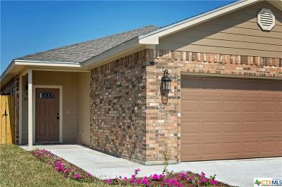 Victoria TX Single Family Home For Sale: $159,900