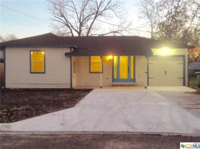 Victoria TX Single Family Home For Sale: $104,900