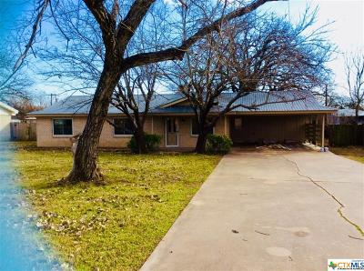 Gatesville Single Family Home For Sale: 1512 Golf Course