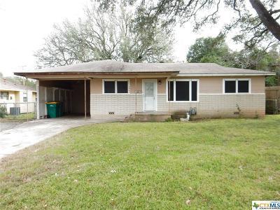 Belton TX Single Family Home For Sale: $104,500
