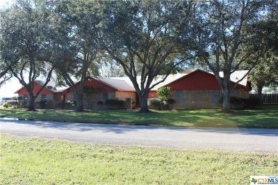 Edna TX Single Family Home For Sale: $235,900
