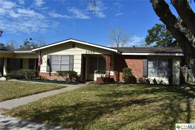 Single Family Home For Sale: 2006 E Loma Vista