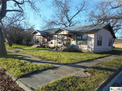 Lampasas Single Family Home For Sale: 302 S Walnut