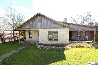 Lampasas Single Family Home For Sale: 608 E Ave G