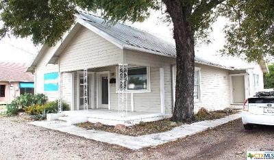 Gatesville Single Family Home For Sale: 2107 East Main Street
