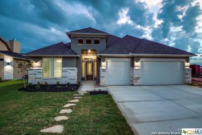 Schertz Single Family Home For Sale: 15301 Capri