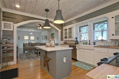Seguin Single Family Home For Sale: 1610 Fm 20