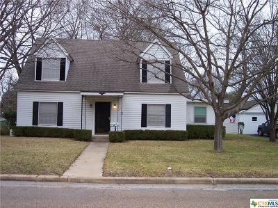 Milam County Single Family Home For Sale: 106 W 12th Street