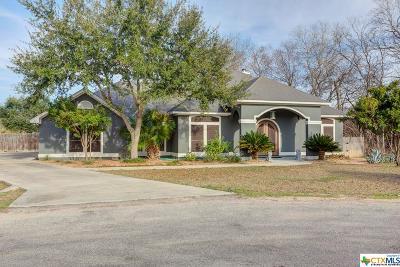 McQueeney Single Family Home For Sale: 232 Meadowlark