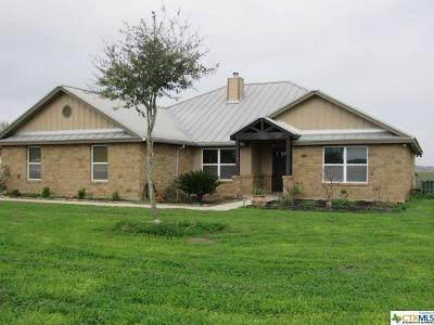 Seguin Single Family Home For Sale: 370 Kimbrough Road