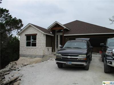 Canyon Lake Single Family Home For Sale: 504 Flaman
