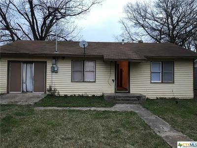 Milam County Single Family Home For Sale: 206 E 19th Street