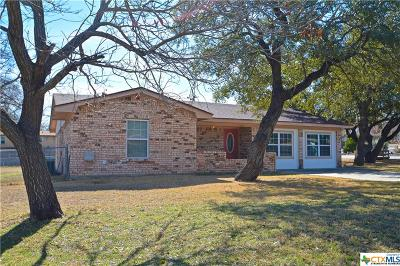 Lampasas Single Family Home For Sale: 1412 W Avenue C