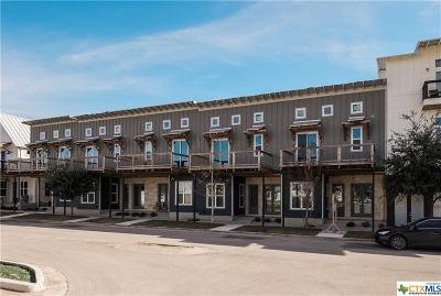 New Braunfels Condo/Townhouse For Sale: 1137 N Academy Avenue