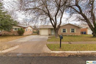 Copperas Cove Single Family Home For Sale: 1005 E Robertson Avenue