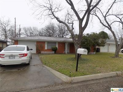 Single Family Home Pending: 3210 Shady Hill Drive