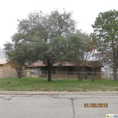 Multi Family Home Pending: 2914 & 2916 Antelope Trail