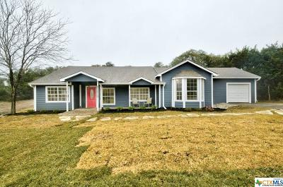 Comal County Single Family Home For Sale: 560 Persimmon