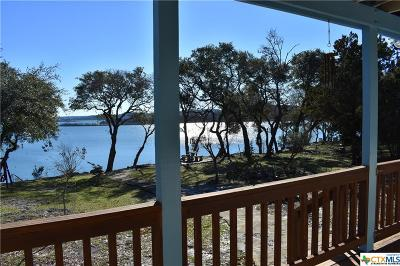 Canyon Lake Single Family Home For Sale: 874 Lakebreeze Drive