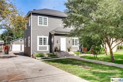 San Antonio Single Family Home For Sale: 205 College