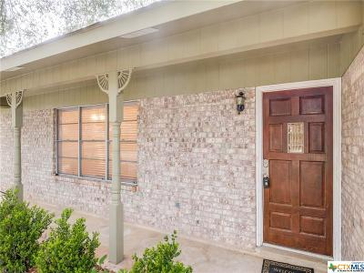 Seguin Single Family Home For Sale: 1718 West View