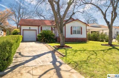 New Braunfels Single Family Home For Sale: 1475 Stonewall