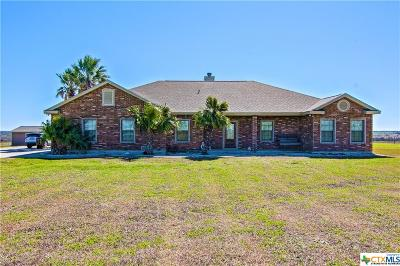 Seguin Single Family Home For Sale: 1877 Schumann Road