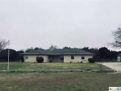 Copperas Cove Single Family Home For Sale: 611 Whispering Oaks Drive