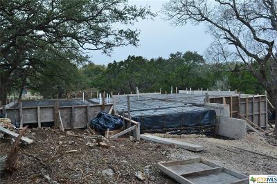 Canyon Lake Single Family Home For Sale: 1365 Deer Run Pass