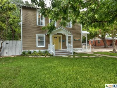 New Braunfels Multi Family Home For Sale: 425 N Seguin
