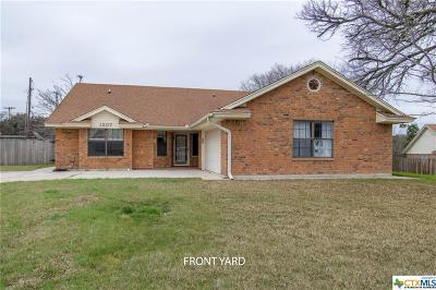 Copperas Cove Single Family Home For Sale: 1207 Hawk Trail