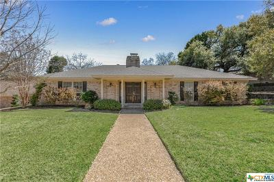 McLennan County Single Family Home For Sale: 7124 Country Club Drive