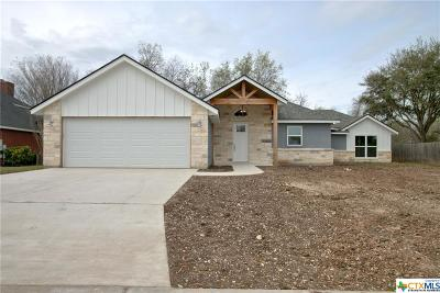 Seguin Single Family Home For Sale: 230 Club View West